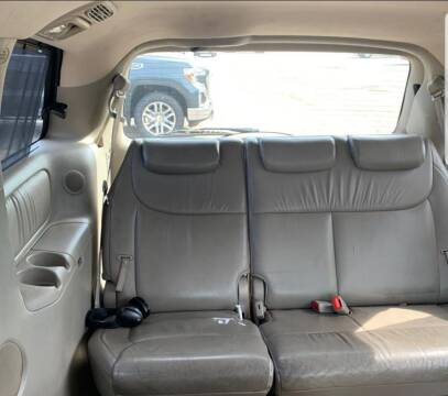 2005 Toyota Sienna for sale at The Bengal Auto Sales LLC in Hamtramck MI