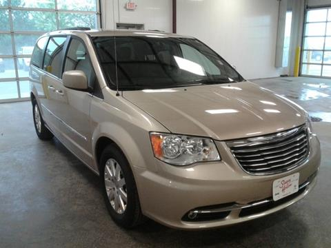 2016 Chrysler Town and Country for sale in Viroqua, WI