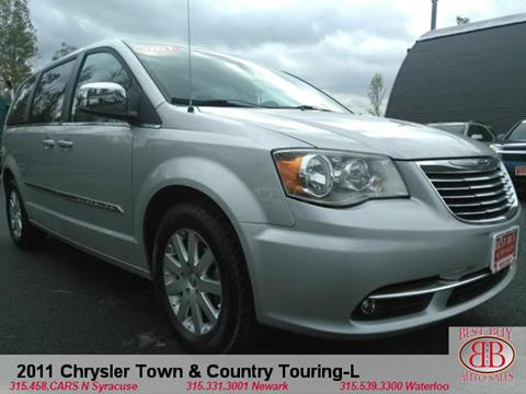 2011 Chrysler Town and Country for sale in N Syracuse, NY