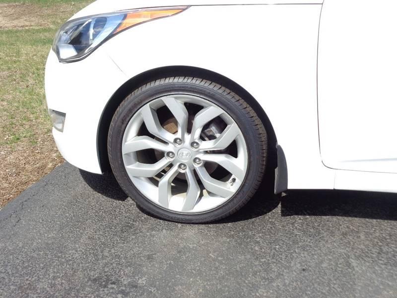 2012 Hyundai Veloster 3dr Coupe w/Black Seats - Saratoga Springs NY