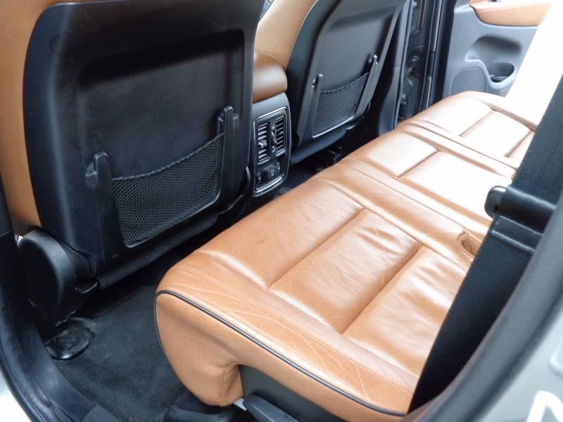 2012 Jeep Grand Cherokee 4x4 Overland 4dr SUV - Saratoga Springs NY