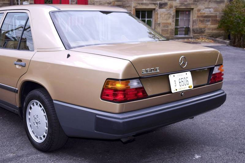 1987 Mercedes-Benz 260-Class 260 E 4dr Sedan - Columbus OH