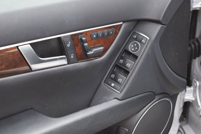 2013 Mercedes-Benz C-Class AWD C 300 Sport 4MATIC 4dr Sedan - Columbus OH