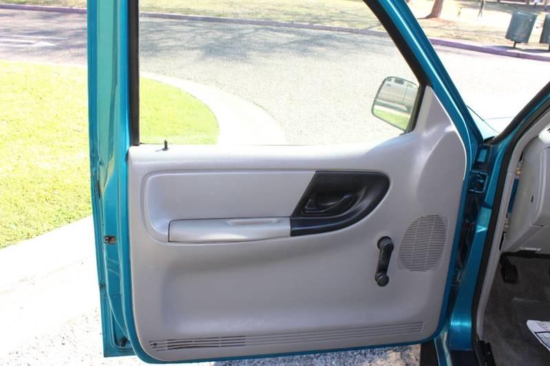 1995 Mazda B-Series Pickup 2dr B2300 SE Standard Cab SB - Turlock CA