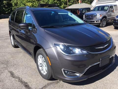 2018 Chrysler Pacifica for sale in Bennington, VT