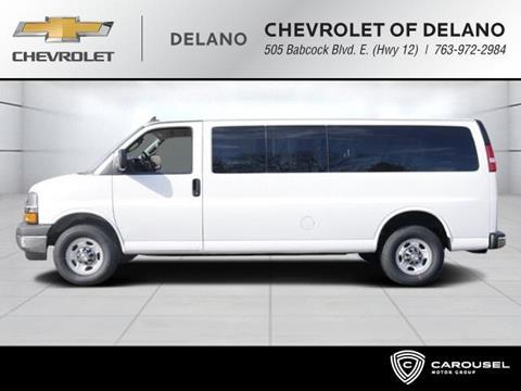 2017 Chevrolet Express Passenger for sale in Delano, MN