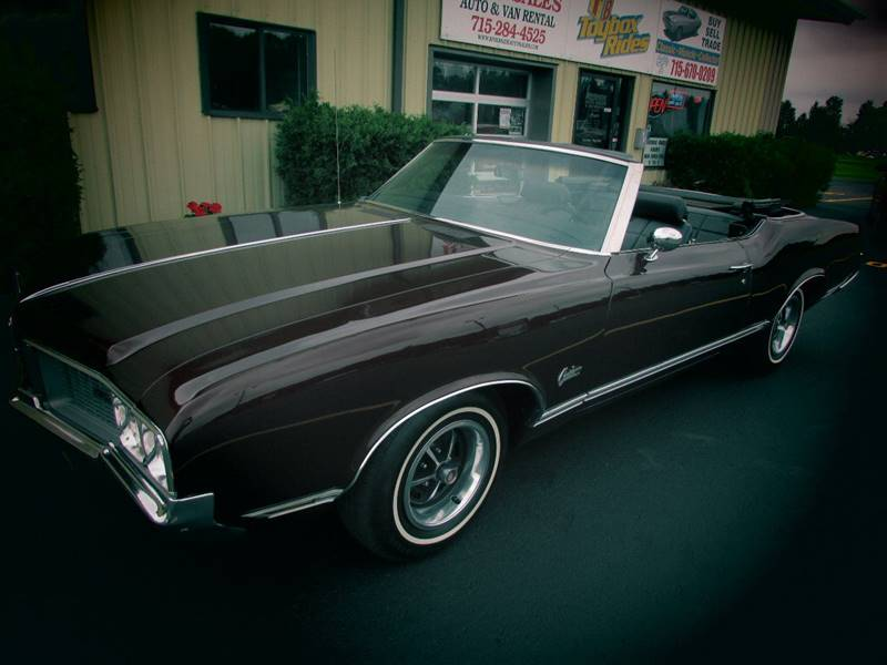 1970 Oldsmobile Cutlass Supreme In Black River Falls WI - Toybox Rides