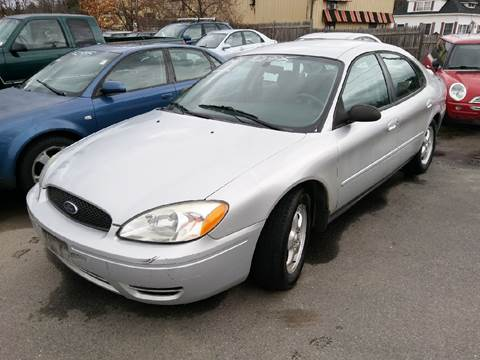 2004 Ford Taurus for sale in Plaistow, NH