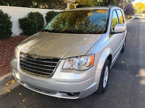 2010 Chrysler Town and Country for sale in Las Vegas, NV