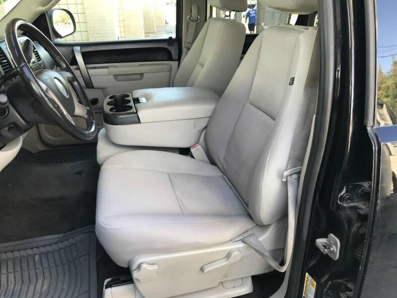 2011 Chevrolet Silverado 1500 4x2 LT 4dr Crew Cab 5.8 ft. SB - Houston TX