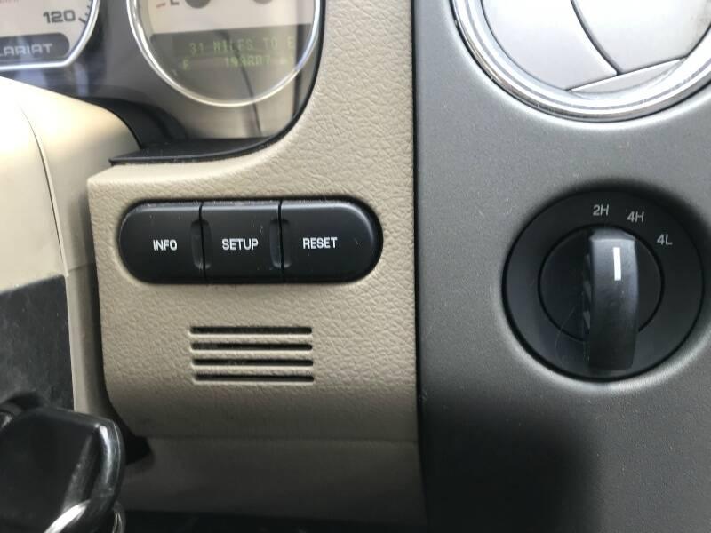2008 Ford F-150 4WD SuperCrew 139  Lariat - Houston TX