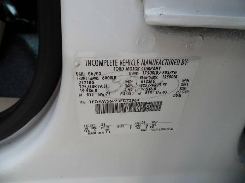 2003 Ford F-550 Super Duty 4X2 4dr Crew Cab 176.2-200.2 in. WB - Houston TX