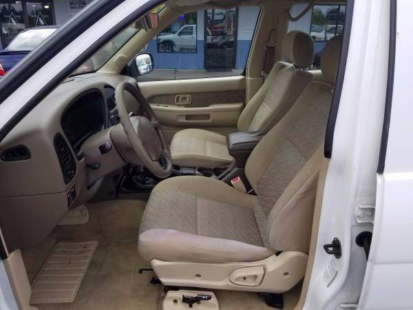 1997 Nissan Pathfinder 4dr LE 4WD SUV - Vancouver WA
