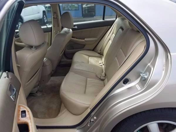 2003 Honda Accord EX 4dr Sedan w/Leather and Navi - Vancouver WA