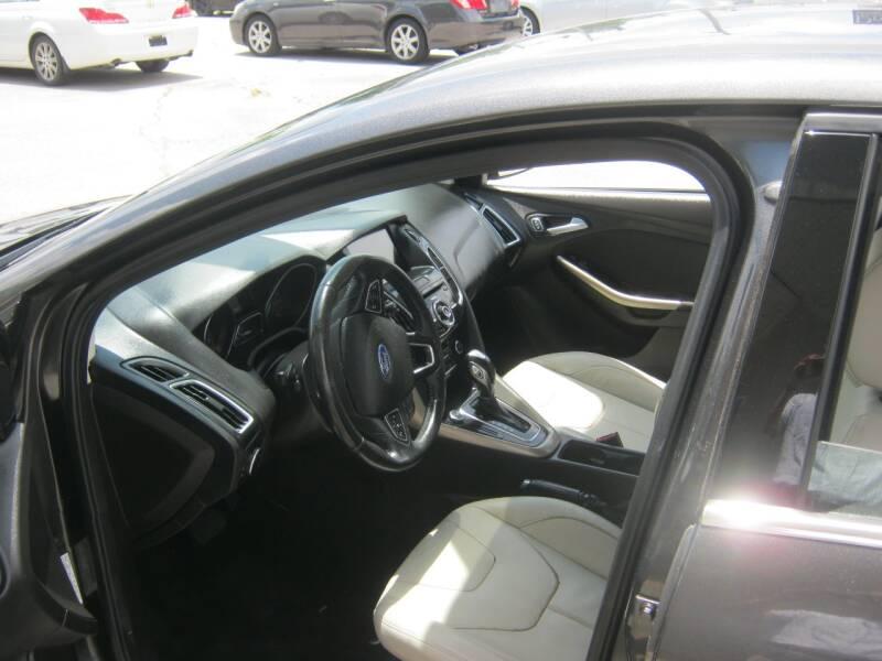 2016 Ford Focus Titanium 4dr Hatchback - Springdale AR