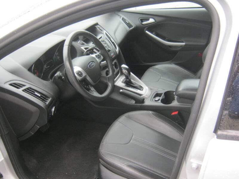 2014 Ford Focus SE 4dr Hatchback - Springdale AR