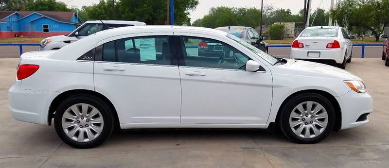 2013 Chrysler 200 LX 4dr Sedan - San Juan TX