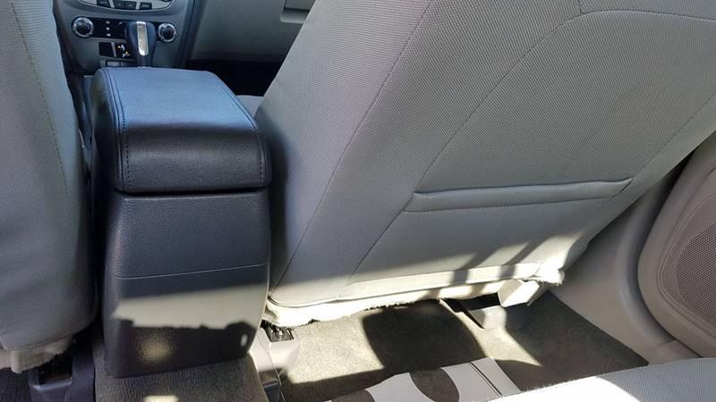 2011 Ford Fusion SE 4dr Sedan - Mcallen TX