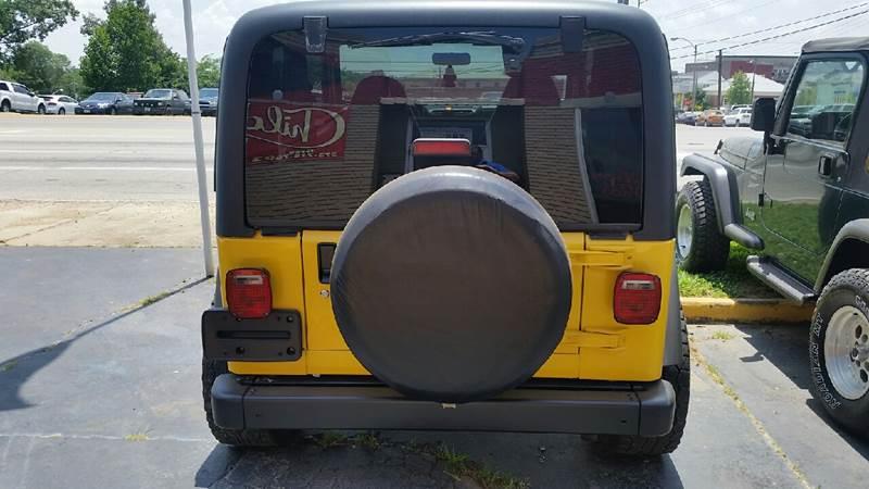 2000 Jeep Wrangler 2dr Sport 4WD SUV - Poplar Bluff MO