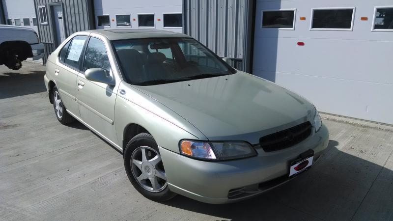 1999 Nissan Altima XE 4dr Sedan - Grand Forks ND