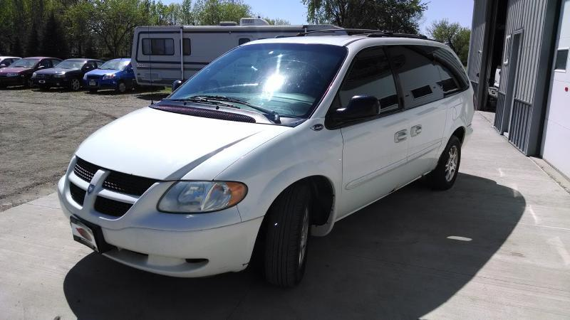 2002 Dodge Grand Caravan eX 4dr Extended Mini-Van - Grand Forks ND