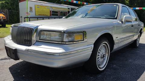 1995 Lincoln Town Car for sale in Floral City, FL