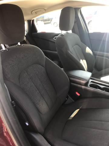 2015 Chrysler 200 Limited 4dr Sedan - Parlier CA