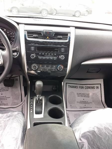 2015 Nissan Altima 2.5 S 4dr Sedan - Parlier CA
