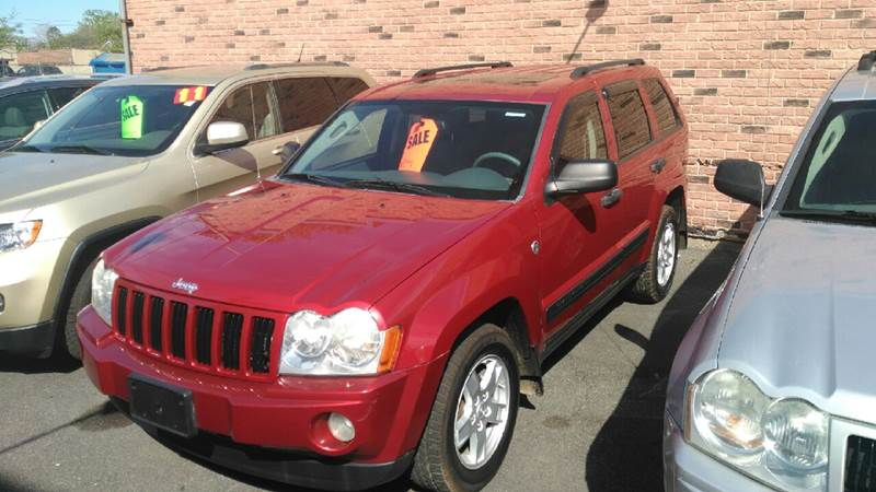 2006 Jeep Grand Cherokee for sale at Perez Auto Group LLC -Little Motors in Albany NY