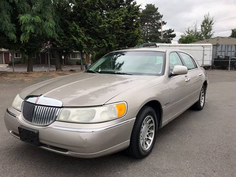 2000 Lincoln Town Car For Sale In Casper Wy Carsforsale Com
