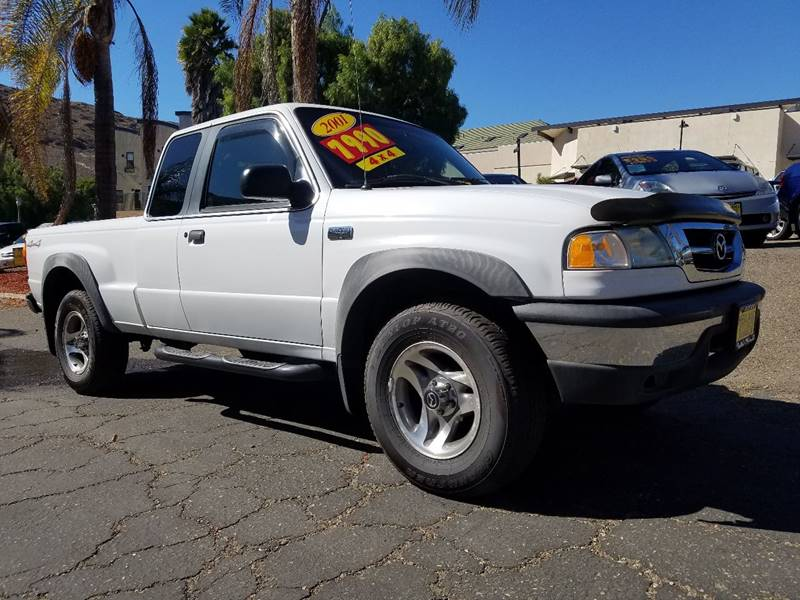 2001 MAZDA B-SERIES PICKUP B4000 SE 4DR CAB PLUS 4 4WD SB white 4 wheel drive bed liner front b