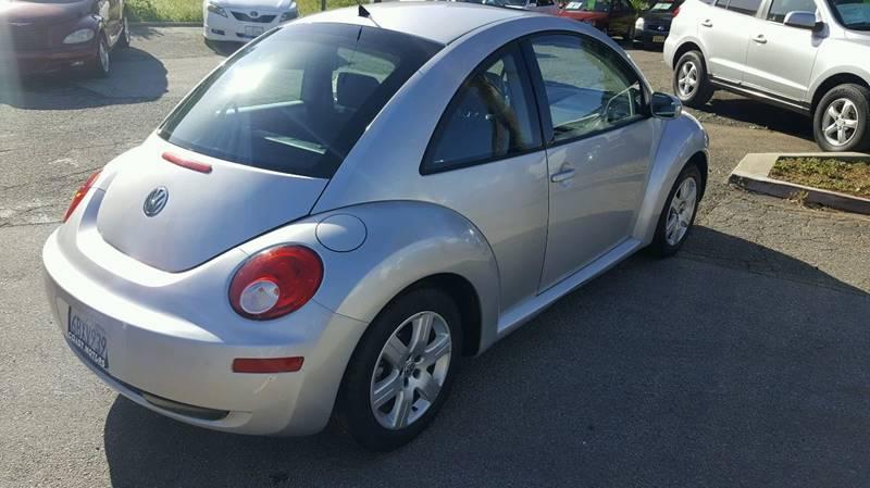 2007 Volkswagen New Beetle 2.5 PZEV 2dr Hatchback (2.5L I5 6A) - San Luis Obispo CA