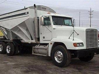 2016 Willmar 1600 for sale at JR DALE SALES & LEASING INC in Fargo ND