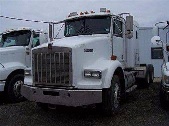 2003 Kenworth T800 for sale at JR DALE SALES & LEASING INC in Fargo ND