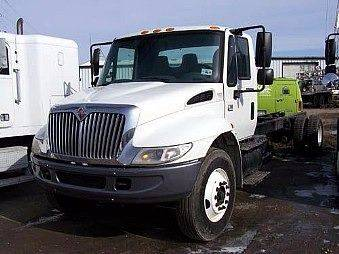 2002 International 4300 for sale at JR DALE SALES & LEASING INC in Fargo ND