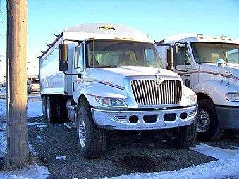 2002 International 4400 for sale at JR DALE SALES & LEASING INC in Fargo ND