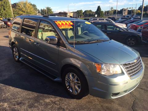 2010 Chrysler Town and Country for sale in Port Huron, MI