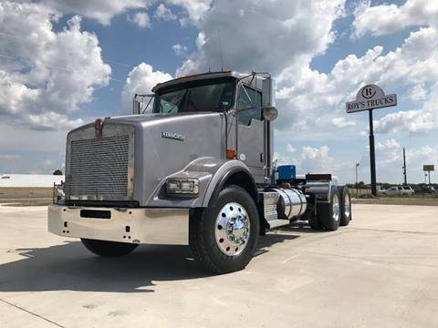 2015 Kenworth T800 for sale in Caddo Mills, TX