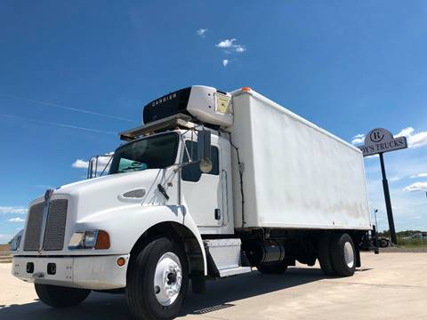 2006 Kenworth T300 for sale in Caddo Mills, TX