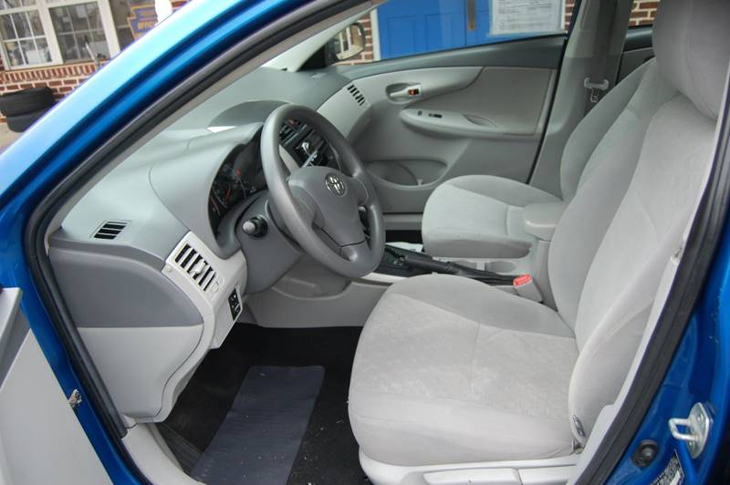 2009 Toyota Corolla LE 4dr Sedan 4A - Elizabethtown PA