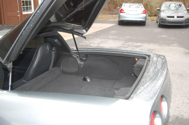 2004 Chevrolet Corvette 2dr Coupe - Elizabethtown PA