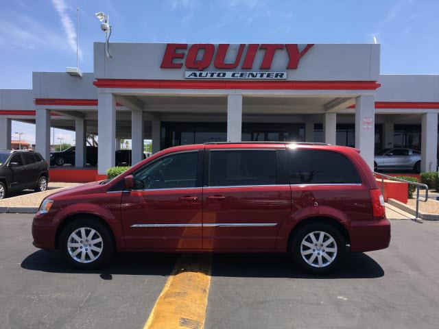 2014 CHRYSLER TOWN AND COUNTRY TOURING 4DR MINI VAN red rear view monitor in dashrear view camer