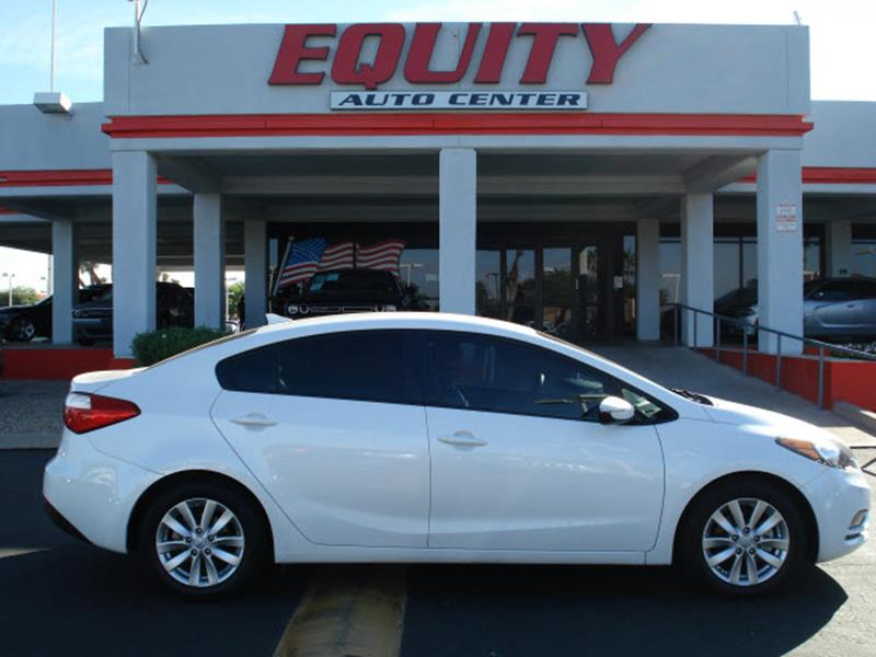 2016 KIA FORTE LX 4DR SEDAN 6A white stability controldriver information systemsecurity remote