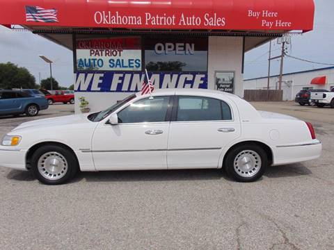 1999 Lincoln Town Car for sale in Edmond, OK