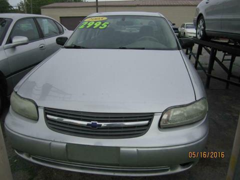 2005 Chevrolet Classic for sale in Harvey, IL