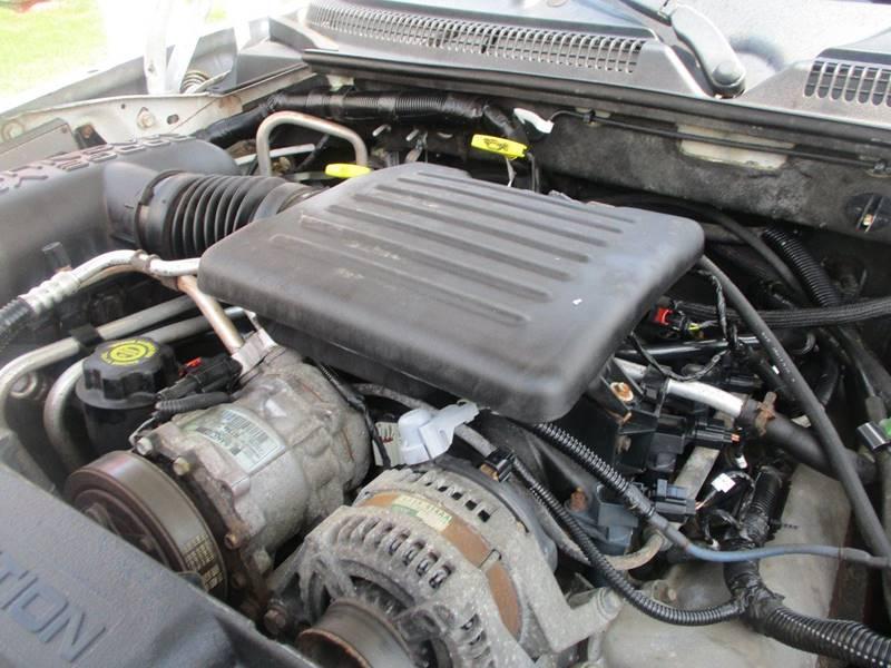 2002 Dodge Durango SLT 4WD 4dr SUV - Lansing MI