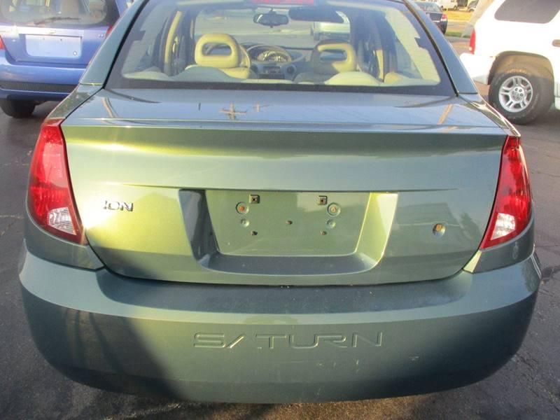 2006 Saturn Ion 2 4dr Sedan w/Automatic - Lansing MI