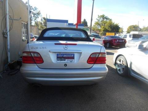 2000 Mercedes-Benz CLK