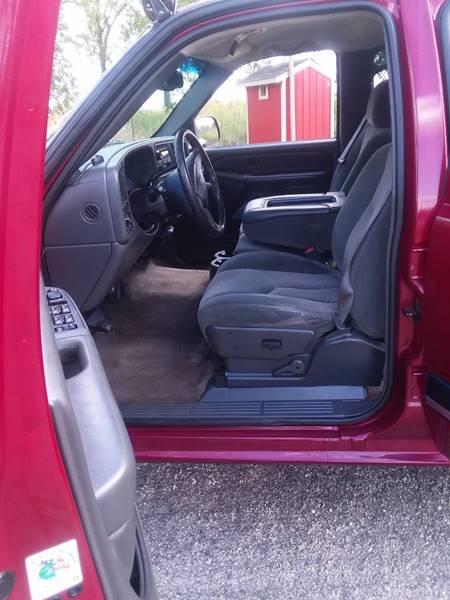 2004 Chevrolet Silverado 2500HD for sale at Auto Group Sales & Service Inc in Roscoe IL