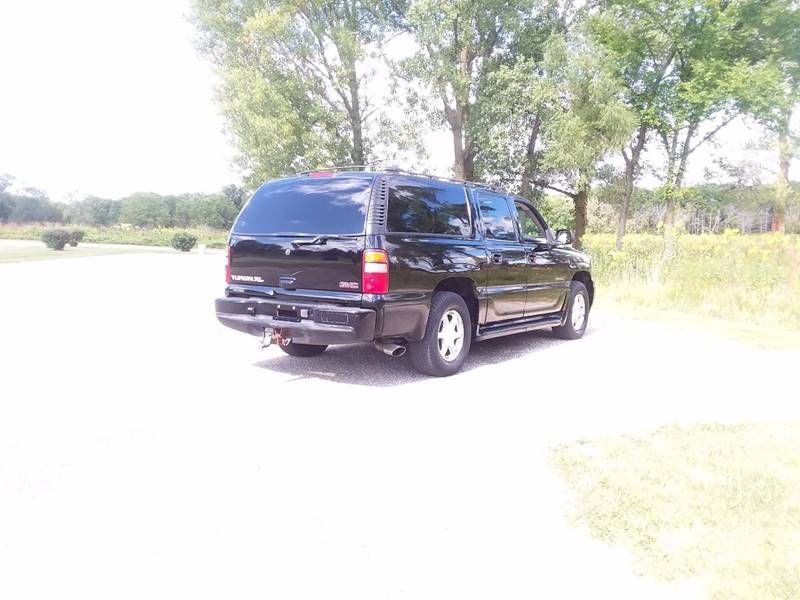 2002 GMC Yukon XL for sale at Auto Group Sales & Service Inc in Roscoe IL